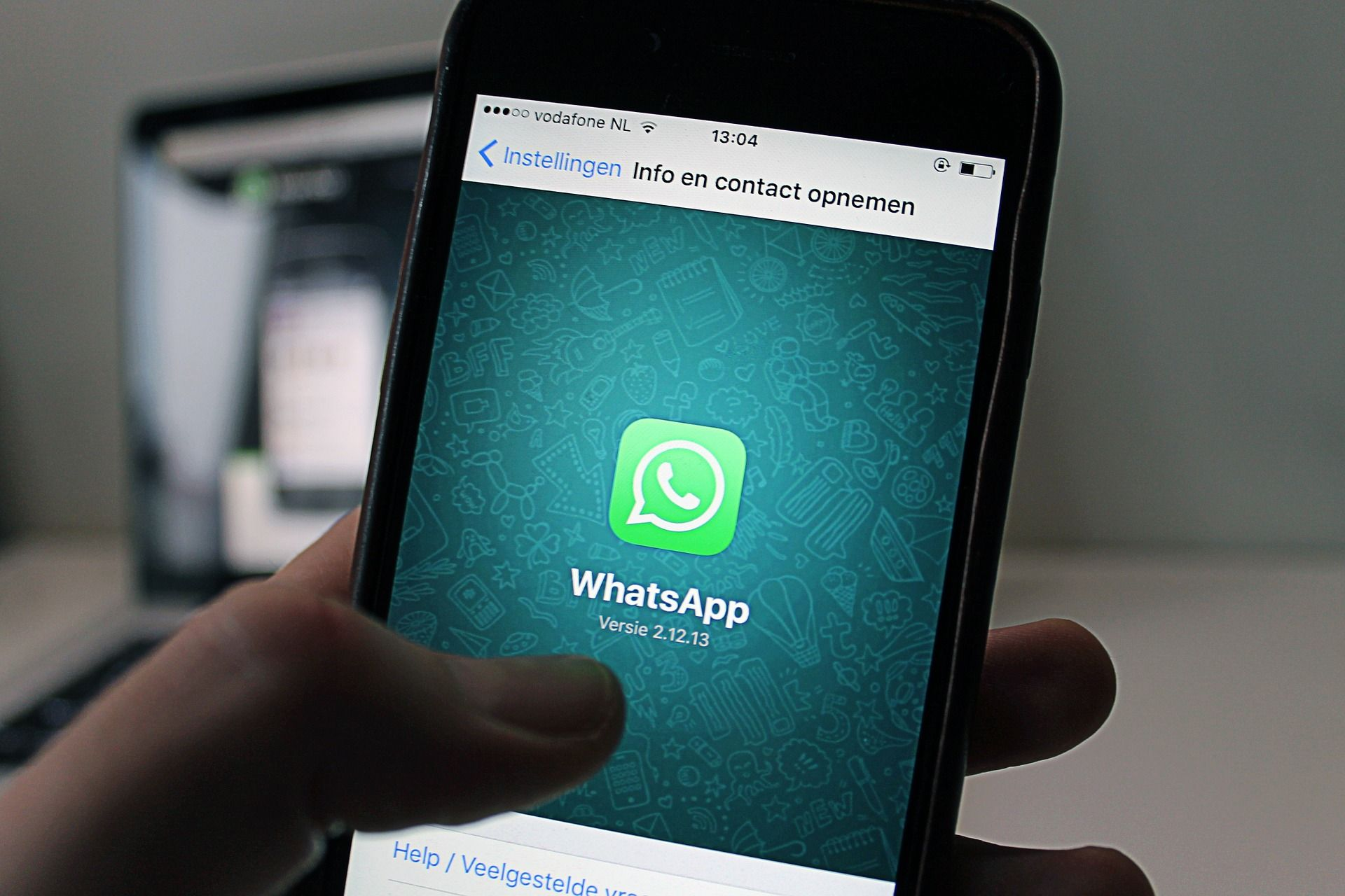 WhatsApp changing its privacy policy, should you be worried?